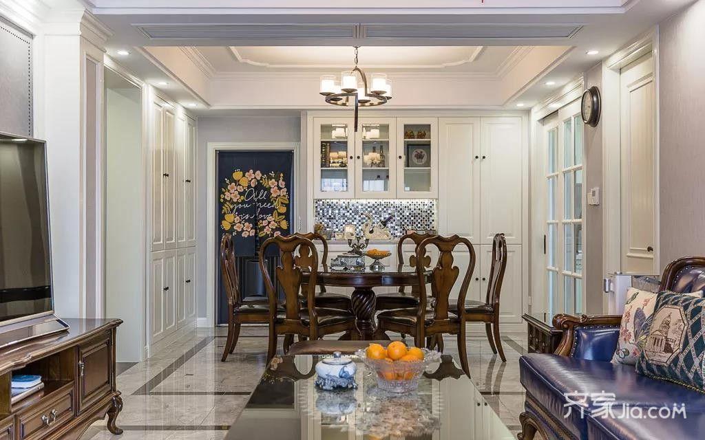 美式客厅深蓝色的皮沙发图片