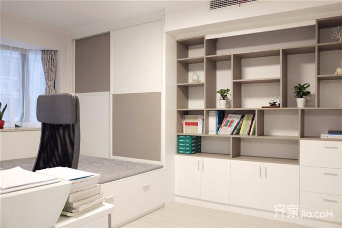次卧秒变书房,纯粹的生活风,极简的书架与飘窗设计很有吸引力.图片