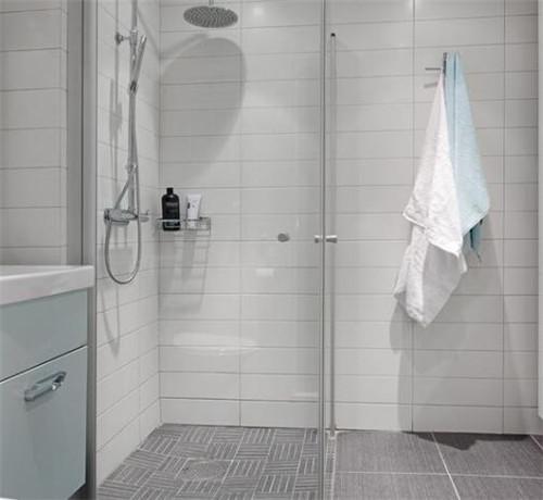 洗手间瓷砖用哪一种色采好 良多人都选错了