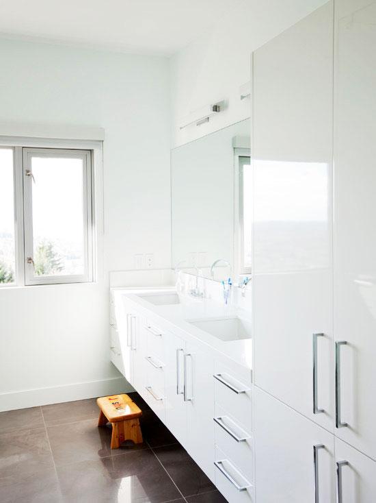 狭长浴室柜效果图