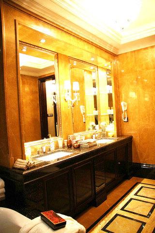 黑色浴室柜設計圖