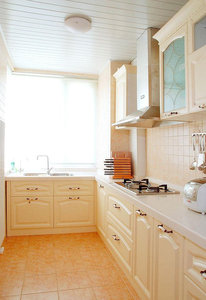 简洁厨房吊顶效果图