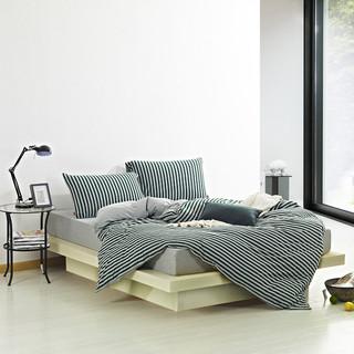灰色调日式MUJI风格卧室
