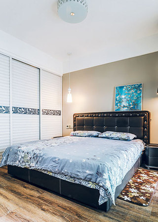 142平简欧卧室空间