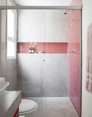 红色网格线卫浴间墙砖