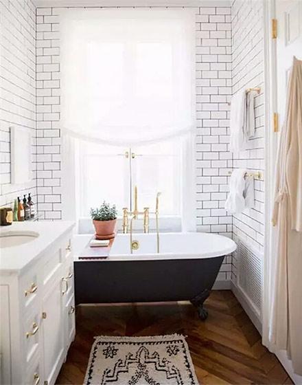 简约白色卫生间墙壁瓷砖图片