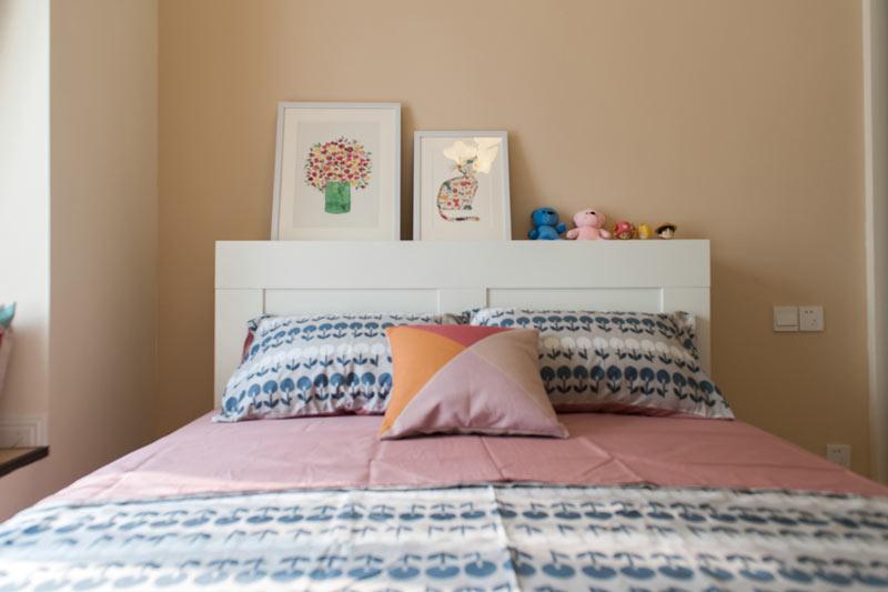 温馨卧室背景墙装修效果图