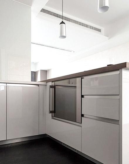 简约风厨房白色橱柜效果图