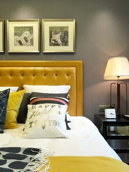 法式公寓床头设计图片