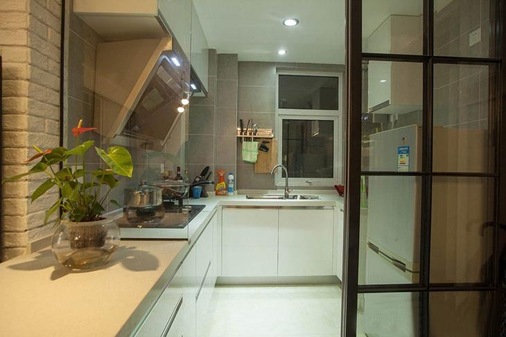 简约宜家风厨房隔断设计