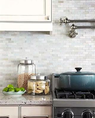 灰色厨房瓷砖装修设计