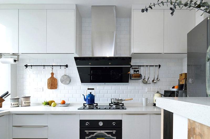 北欧风厨房 白色橱柜设计图