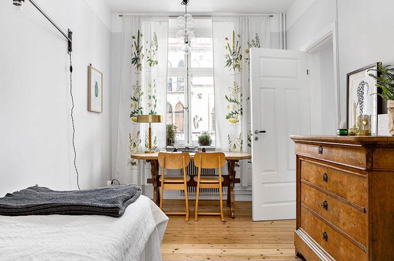 白色北欧风情卧室挑高窗户效果图