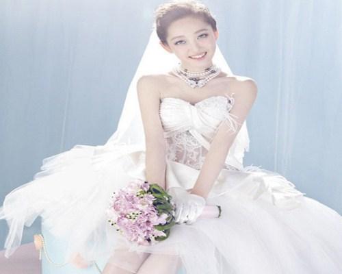 婚纱发型怎么设计好看 不同风格的婚纱发型