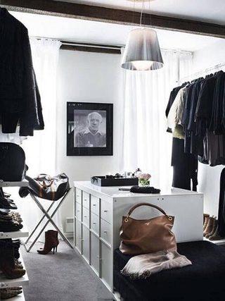 黑白色衣帽间装修图片