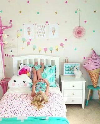 女孩房卧室儿童房图片
