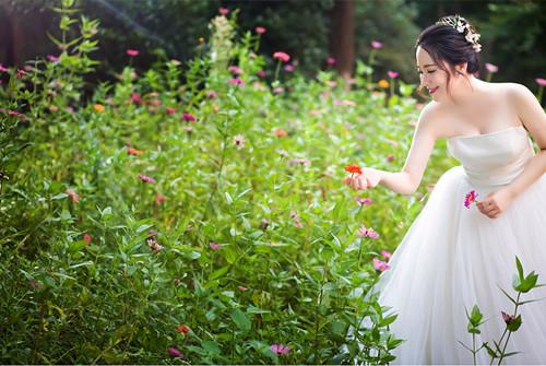 婚纱摄影人员_婚纱摄影