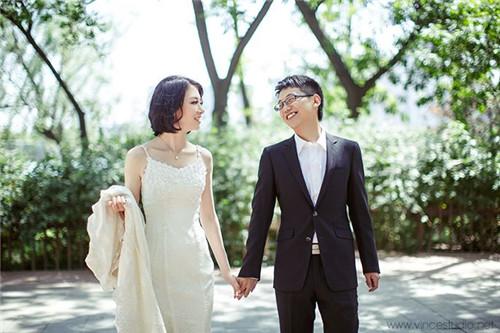 天津拍婚纱照多少钱啊_天津五大道拍婚纱照