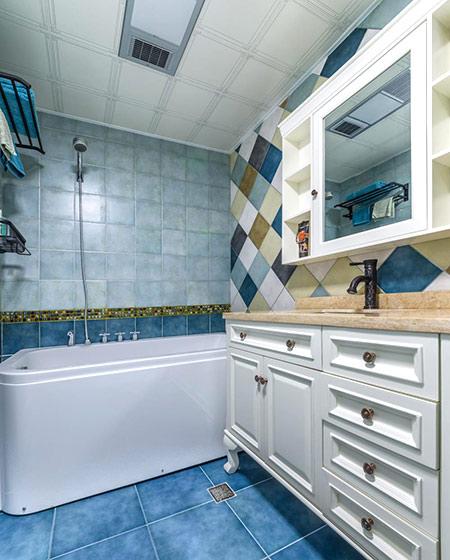 96平复式楼装修卫生间瓷砖图
