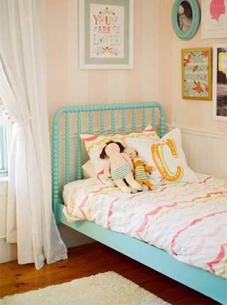 粉色系儿童房背景墙图片