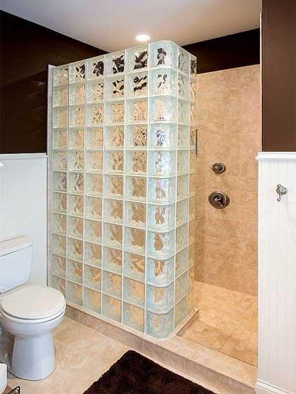 卫生间玻璃墙装修设计平面图