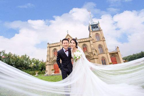 十大婚纱摄影排名_上海十大婚纱摄影排名