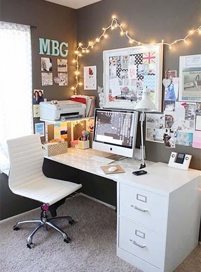 家庭书桌装饰效果图