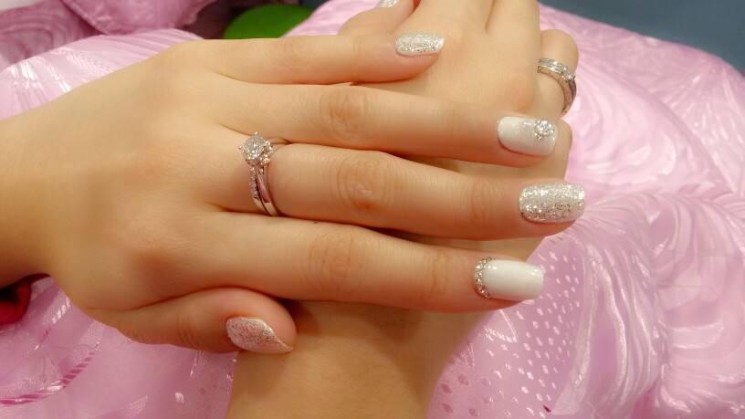 新娘美甲图片217款 新娘的美甲颜色该如何搭配