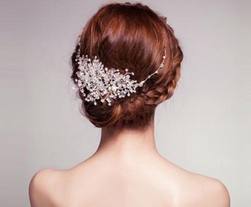 短发新娘盘发图片欣赏 三种魅力新娘必备的短发