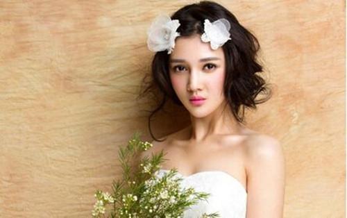 圆脸婚纱照新娘发型217款 圆脸新娘发型打造要点