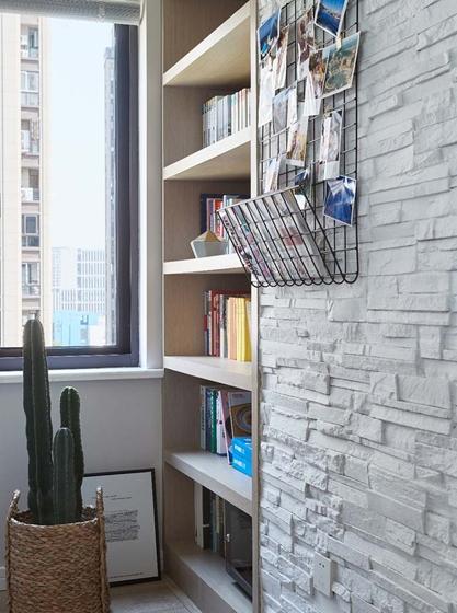 北欧风格三居室装修书柜图片