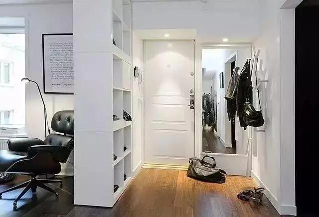 小户型玄关装修装饰效果图