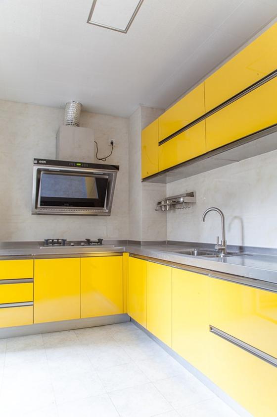 12万装的现代风格两居室整体橱柜图片