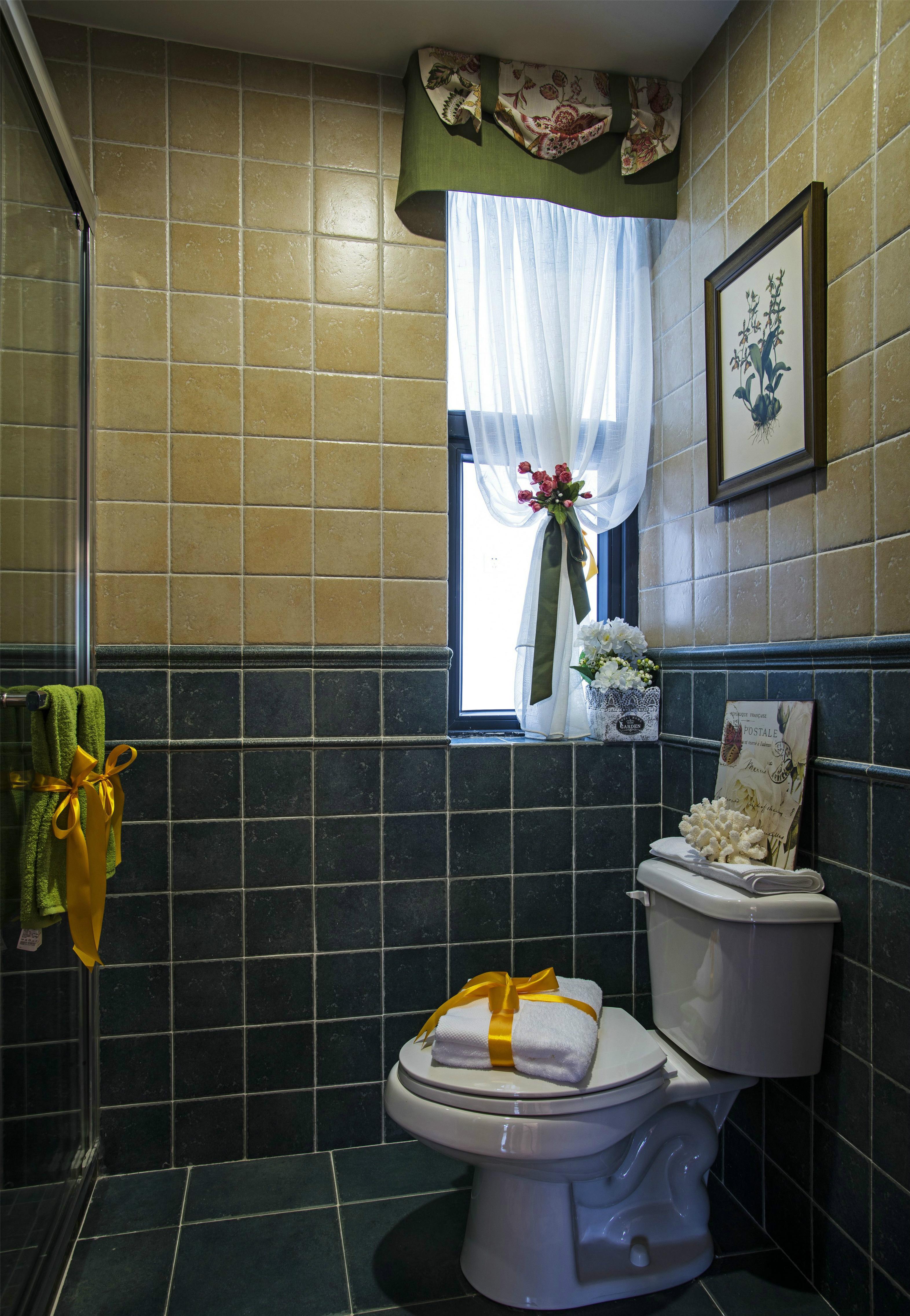三居室田园风格卫生间装修效果图