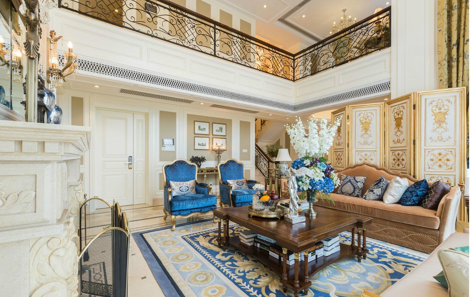 法式奢华别墅客厅装修效果图