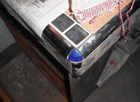 福州刘先生装修为省钱,亲自砌电视柜,原谅我笑出拖拉机般的声音