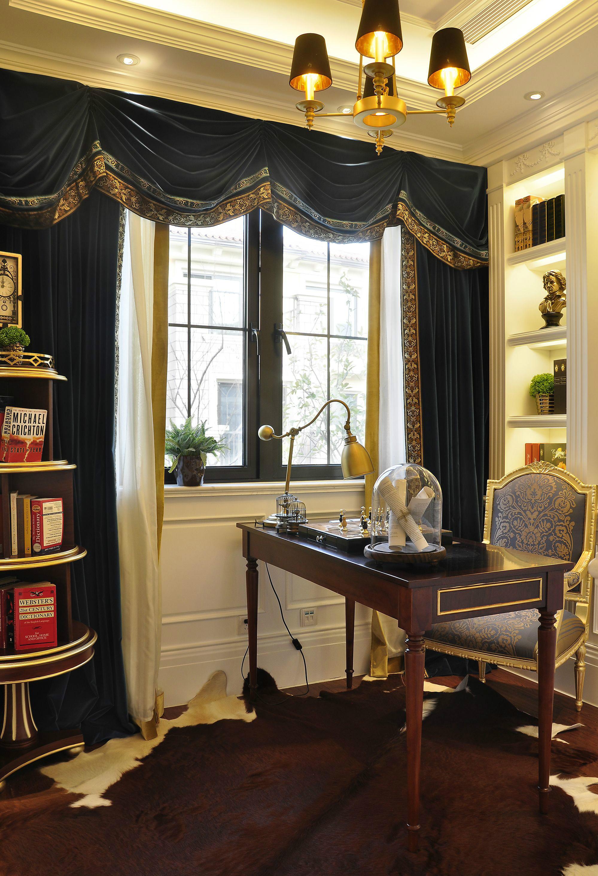 奢华法式风格别墅书房装修效果图