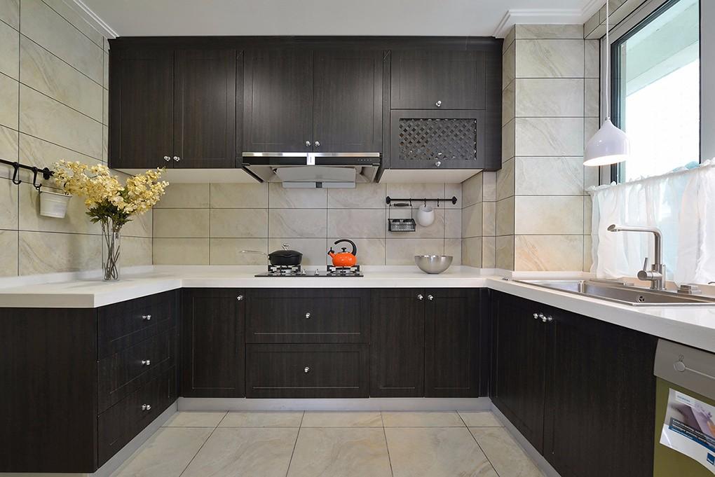 现代美式风格厨房装修设计图
