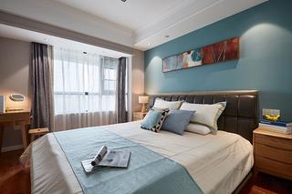 80平温馨小家好清新卧室装修图