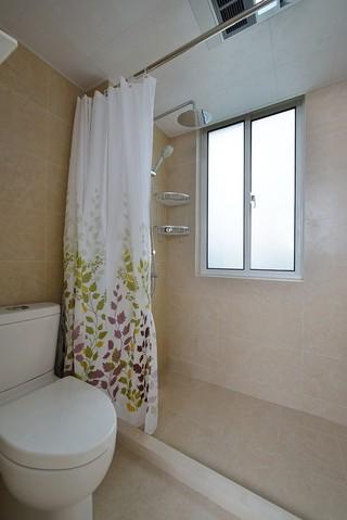 简约混搭二居室淋浴房装修效果图