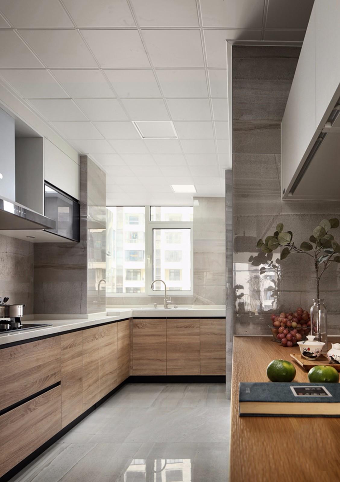 现代简约三居厨房装修设计图
