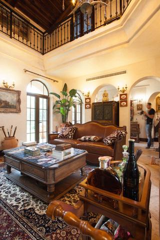 复古美式风格别墅客厅装修效果图