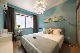 现代简约风小户型卧室装修效果图