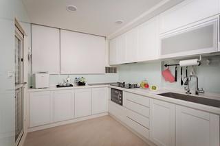 小户型简约二居厨房装修设计图