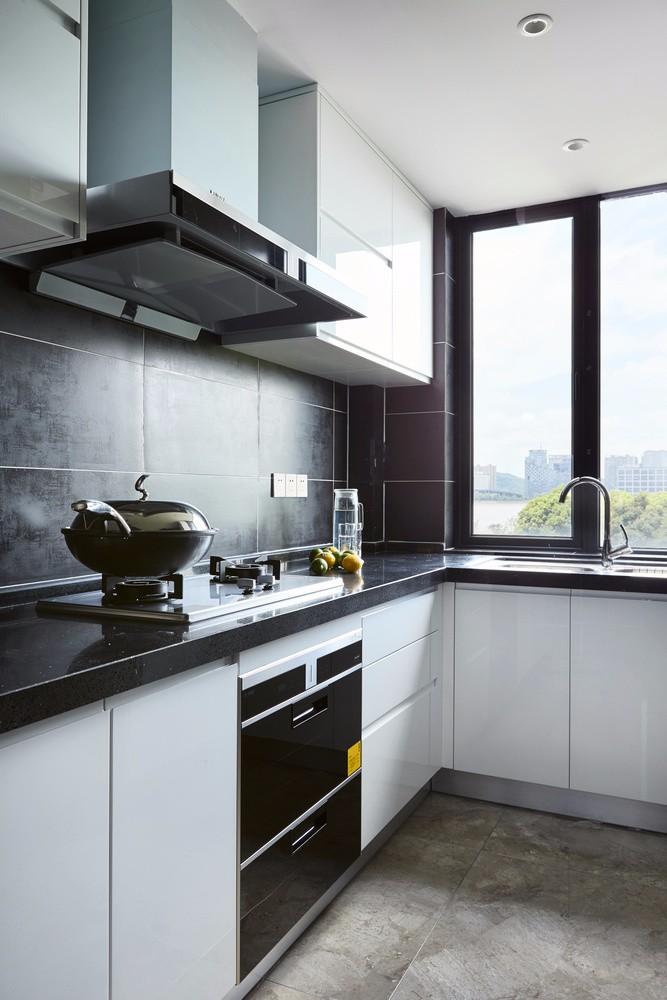 150平米现代风格厨房装修效果图