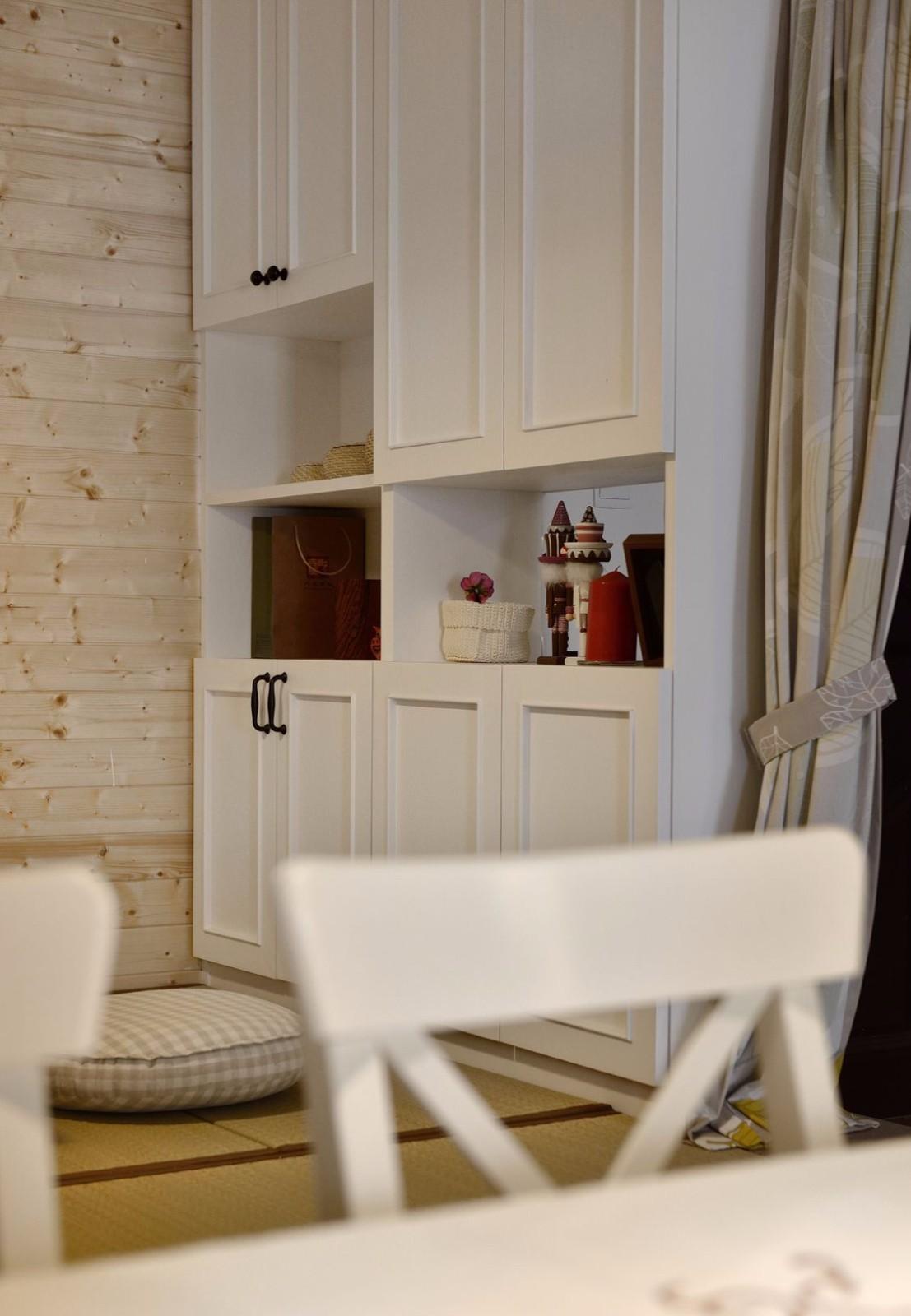 85平米二居室装修收纳柜设计图