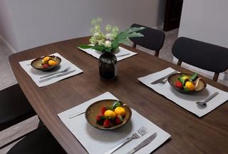 120平三居室北欧风装修餐桌设计图