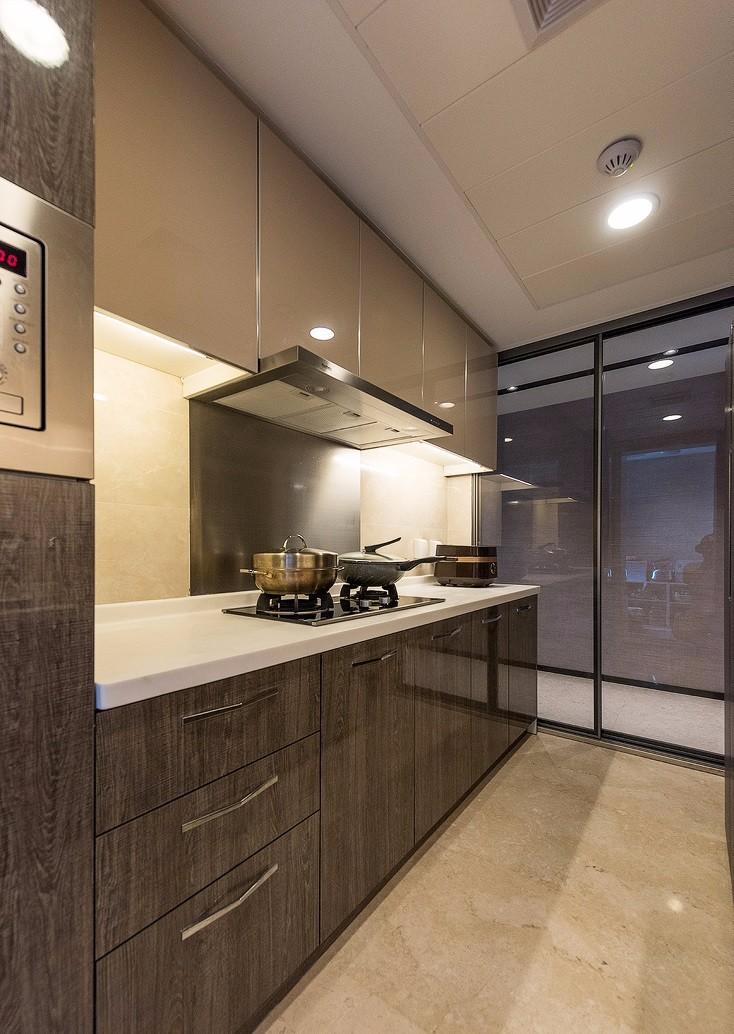 三居室现代风厨房装修效果图