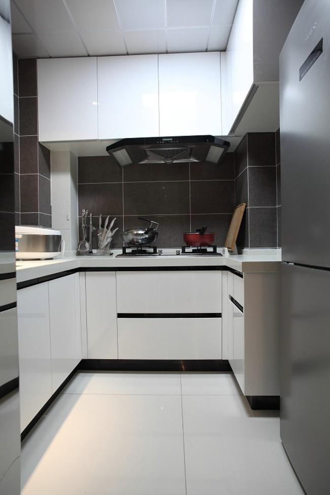 现代简约风格二居室厨房装修设计图