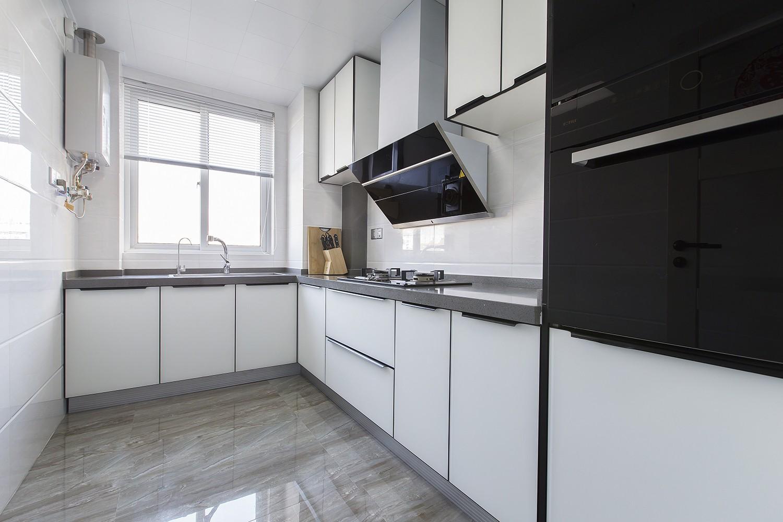 现代简约风格两居厨房装修设计图